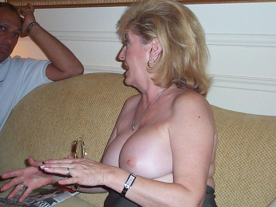 older mature swinger wife granny grandma big tits warming up to a new bull