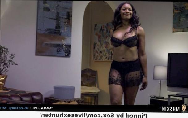 Sexy black momma Tamala Jones in a epic nude scene! #blackmomma #tamalajones #celebs #nudescene