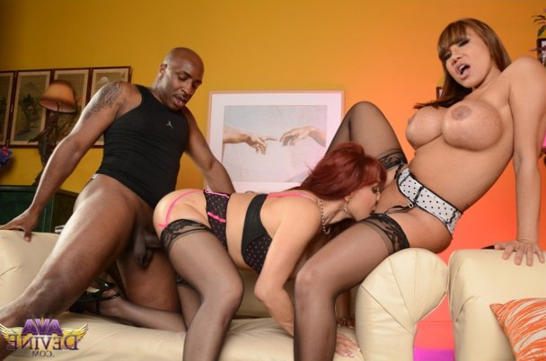 Ava Devine and Sexy Vanessa tagteam lucky black dood!!